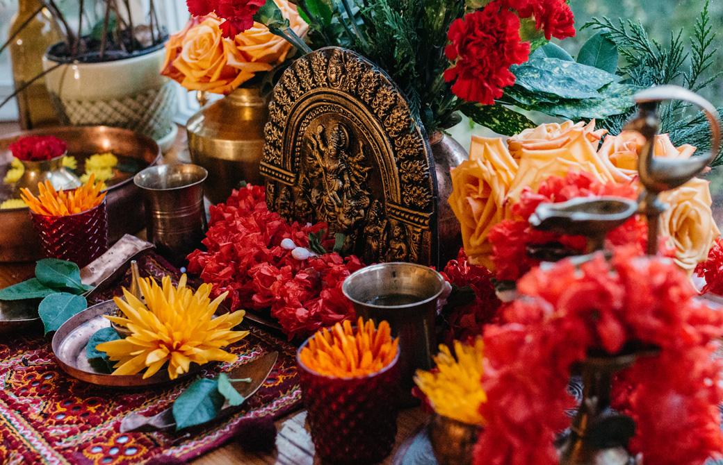 インドでのナヴァラートリのお祭りの祭壇