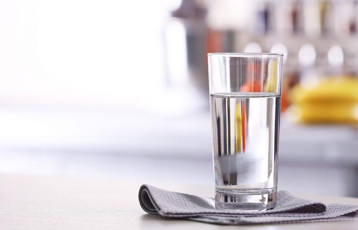 ヨガ中に水を飲むポイント(常温ヨガ編)
