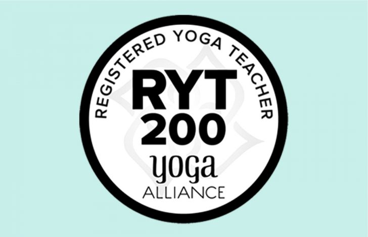 ヨガ業界の定番資格:全米ヨガアライアンス&RYTとは?