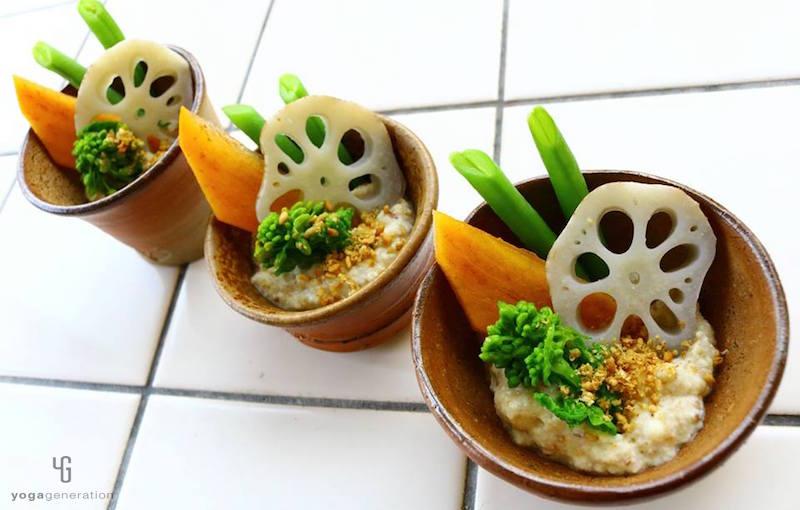 小鉢に入った白和えサラダ