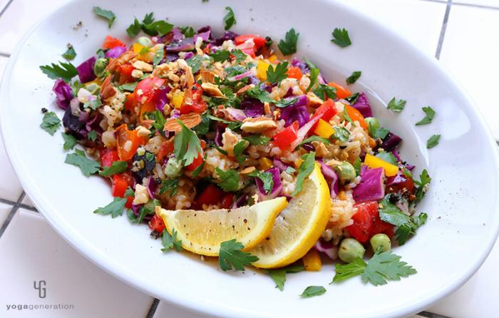 虹色玄米サラダ