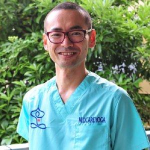 中野 輝基 医師 メドケアヨガ共同代表