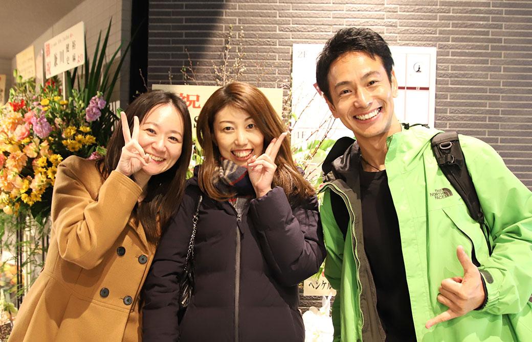 左:kaya、真ん中:べー、右:浅野佑介先生