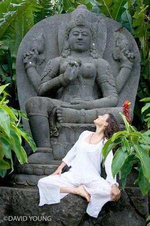 石像とレイチェル・ジンマン