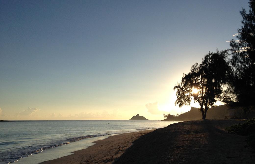 ハワイ(オアフ島・カイルア)の日の出