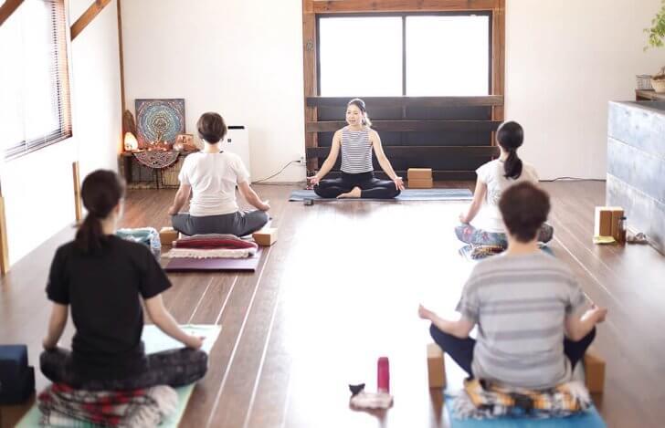 yogajourneyの少人数ヨガクラス