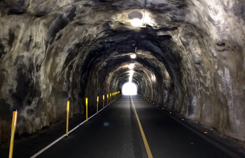 Mahokoのブログ 出口にかすかな光が見えるトンネル