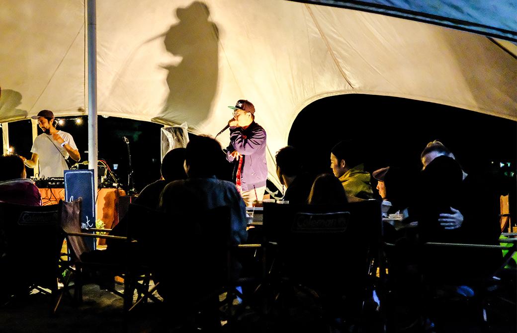 ヒューマンビートボックス演奏者のアフラさんによるライブ