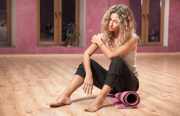 ヨガのポーズで痛みを感じたことある?|ポーズに快適と安定を求める大切さ