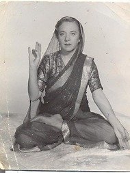 インドラ・デヴィ