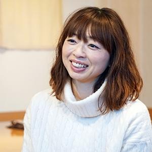 """""""アナ骨ガールズゆみさん"""