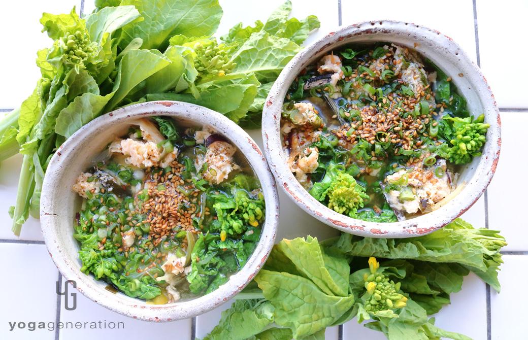 和風の薬味をのせたお出汁満喫!菜の花と溶き卵のピリ辛スープ
