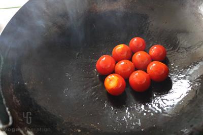 トマトに火を通す