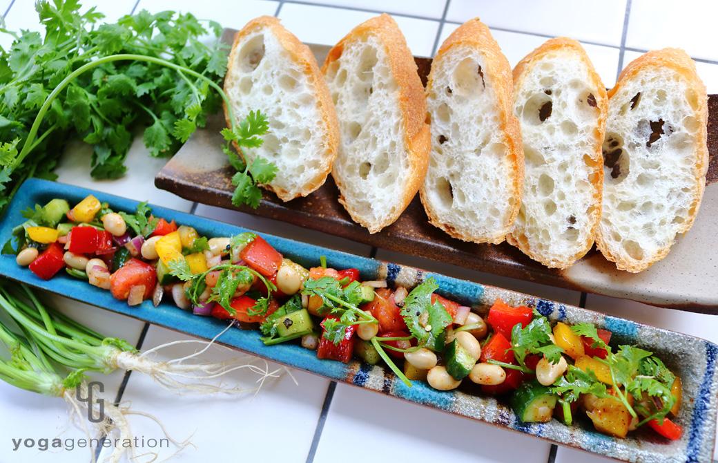 大豆とパプリカのメキシカンサラダ
