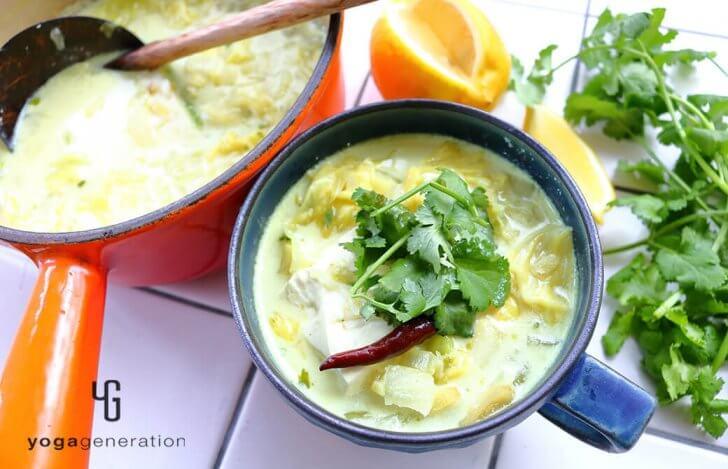 レモン香る♪お豆腐とキャベツのココナッツミルクスープ