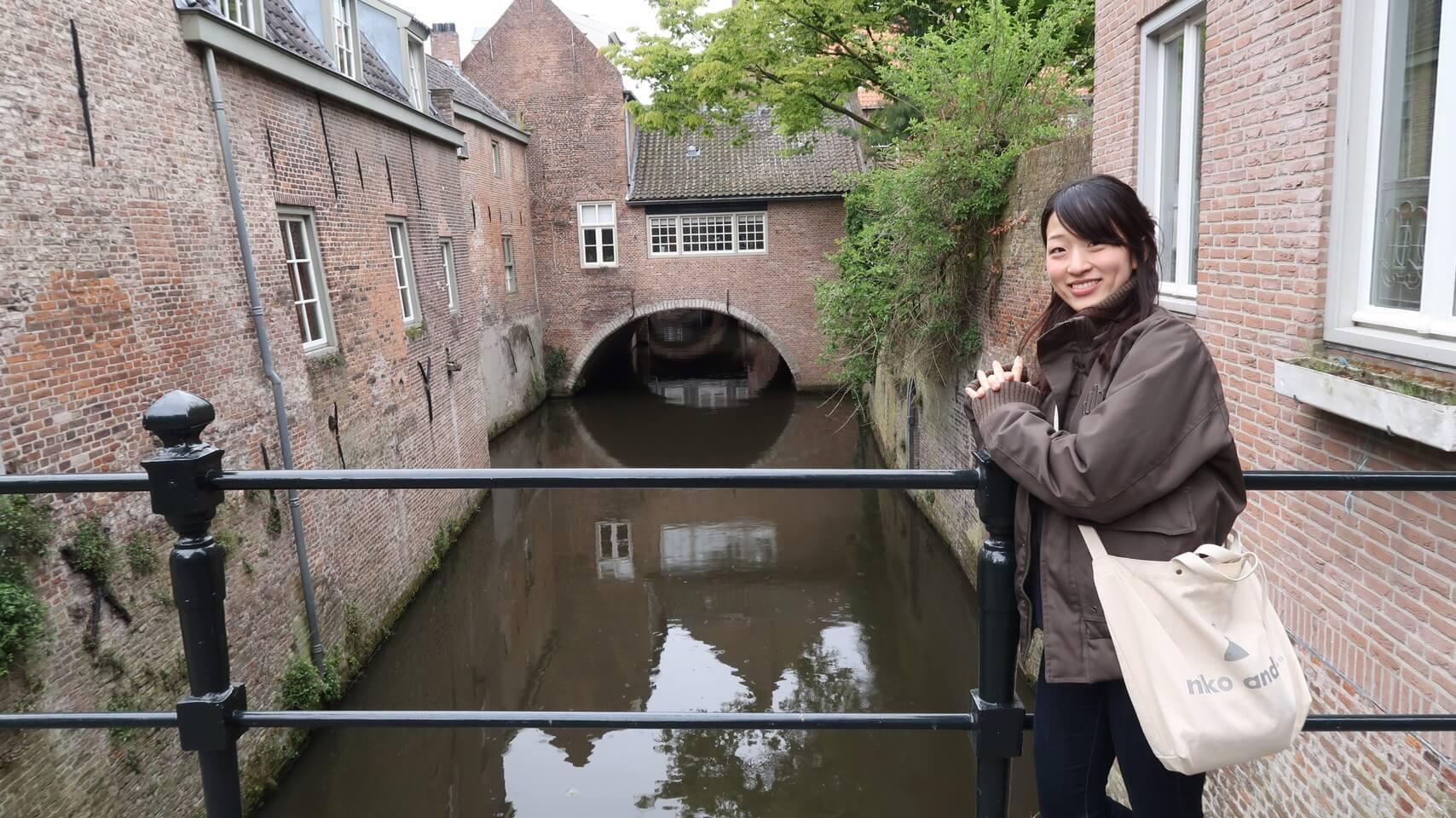 オランダに移住した翌日の街散歩中