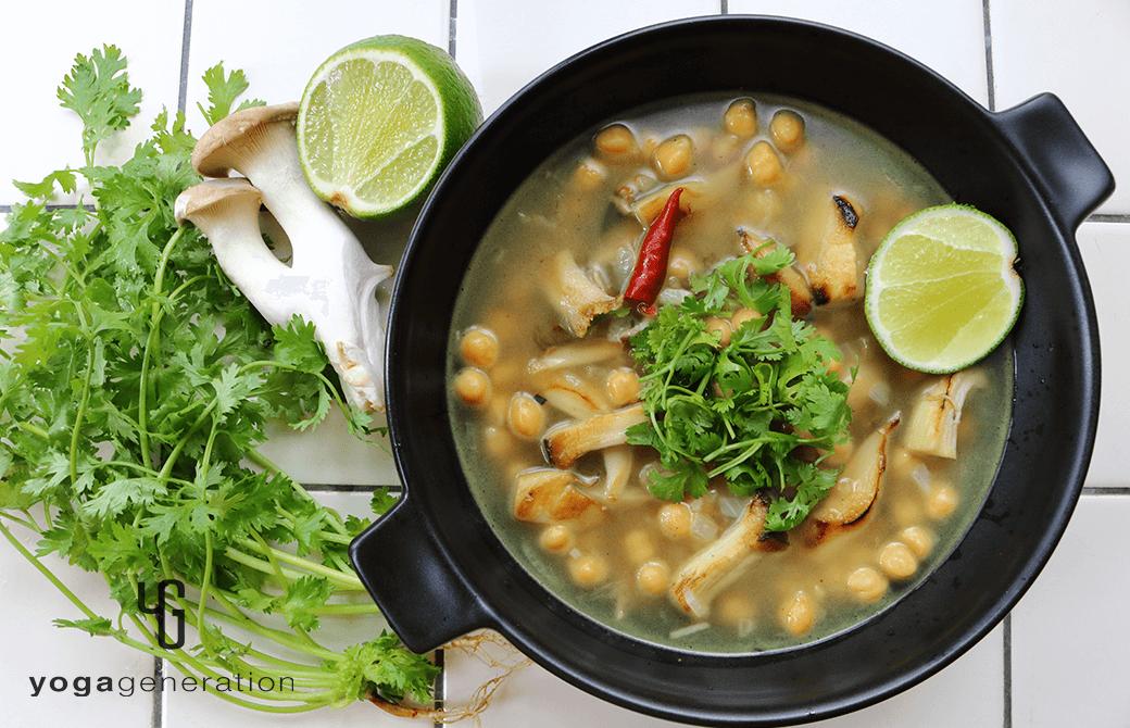 ヒヨコ豆とエリンギの酸っぱスパイシースープ