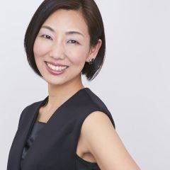 市川愛子 – 長野県で活躍するヨガインストラクター