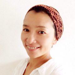 Tomomi Okazaki – 東京都で活躍するヨガインストラクター