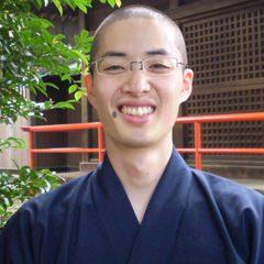 隆義(Ryugi)  – 埼玉県で活躍するヨガインストラクター