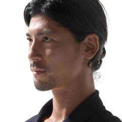 YUYA SARASHINA – 東京都で活躍するヨガインストラクター